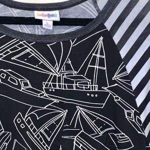 Lrg Carly LulaRoe, w/ Boat Pattern